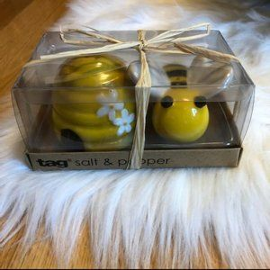 Tag Honeybee Salt and Pepper Shaker Set